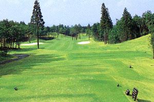 コムウッドゴルフクラブ  width=