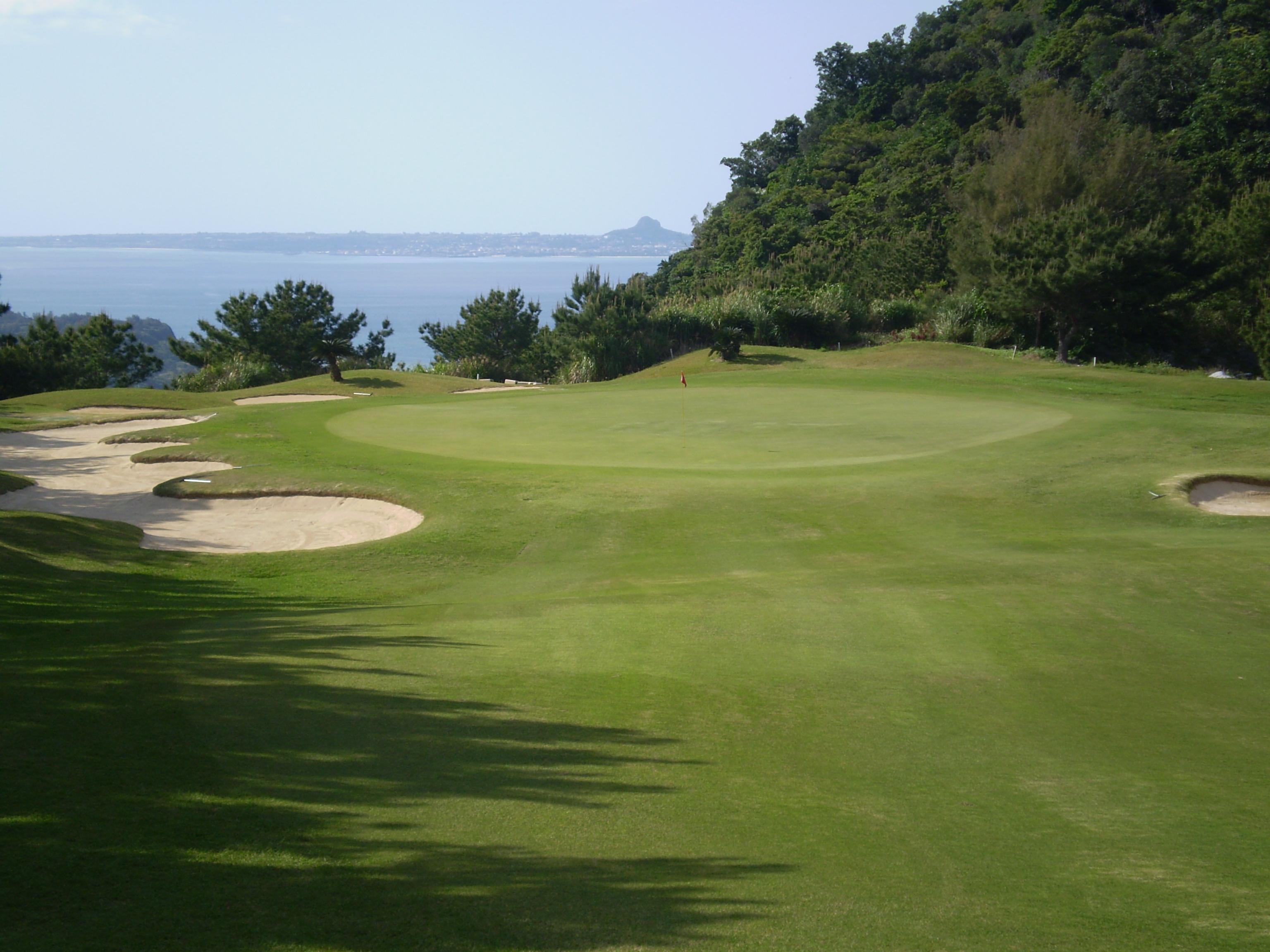 【沖縄県】ベルビーチゴルフクラブ